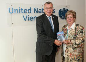 Buchpräsentation bei Director General Yuri Fedotov, dem Chef der UNO in Wien.